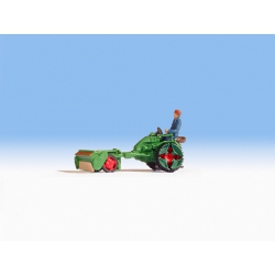 Fendt tool carrier with seed spreader, scale HO.