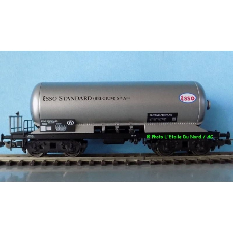 """Piko 97095 Tanker of SNCB """" ESSO """", scale HO."""