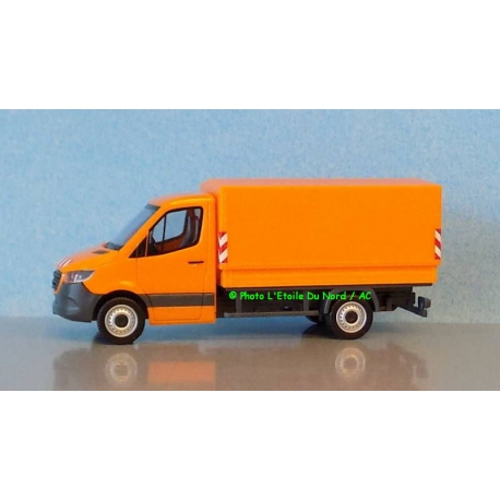 Herpa 095044 Mercedes Benz Sprinter, scale HO.