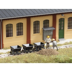 Auhagen 41702 Tipper wagonsfor narrow gauge railway, scale HO.