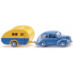 Wiking 082004 Ford Taunus G73A with caravan, scale HO.