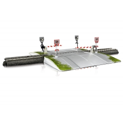Marklin 74924 Fully automatic level crossing for track C. Scale HO.