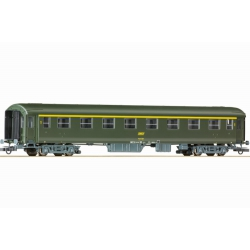 Roco 64614 2nd class express train compartment car with luggage compartment of the French State Railways. Epoch IV.