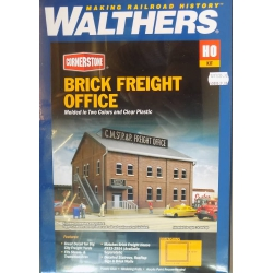Walthers 933.2953 Brick freight office, scale HO.